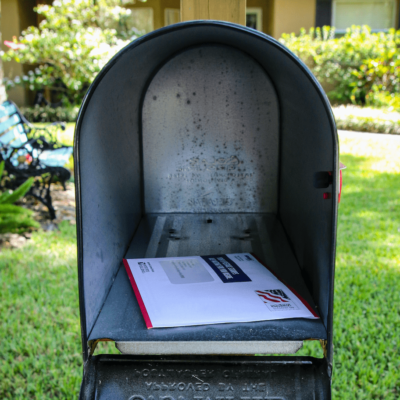 mailbox-with-us-letter-inside