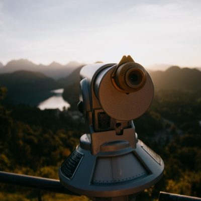 telescope-looking-into-distance-min (1)